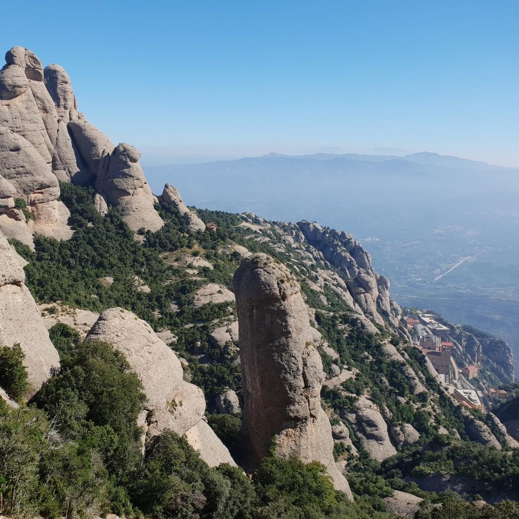 què fer a Montserrat el mes de juliol